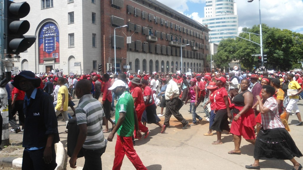 MDC-protesters-in-Nelson-Mandea-Ave