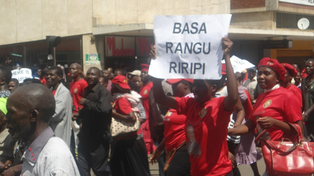 MDC-youths-asking-for-the-promised-2.2 million-jobs