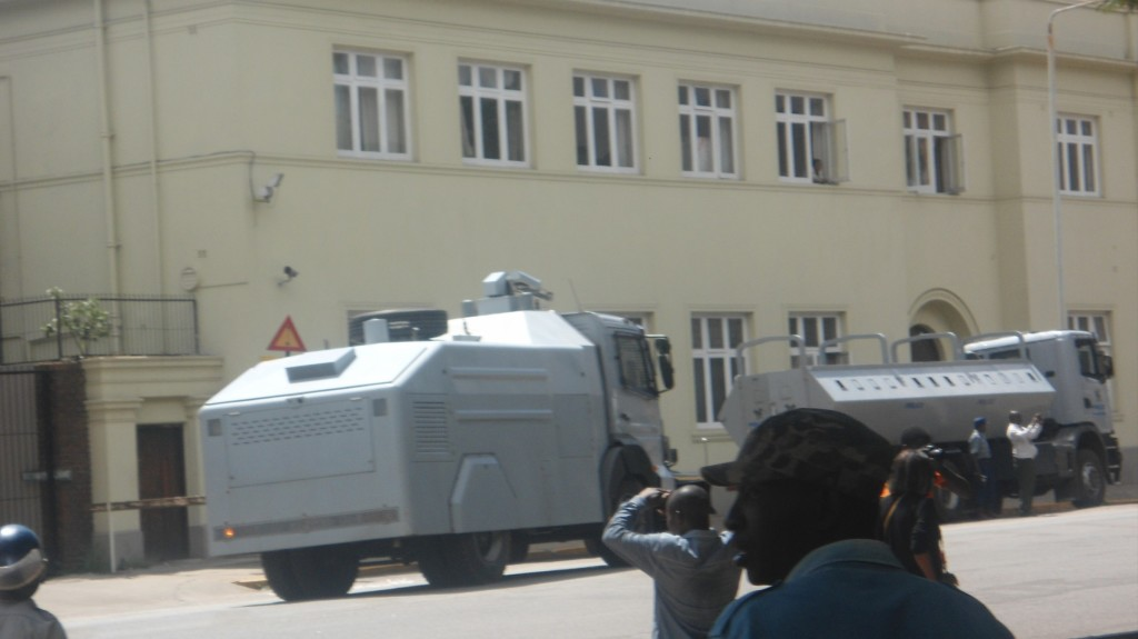 Police-water-cannons-at-Harare-Parliament-building.